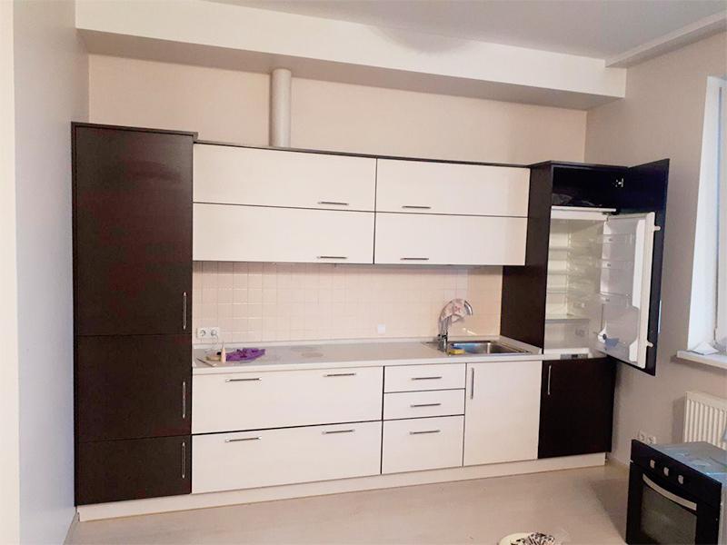 Мебель в маленькую кухню, 17, Белая кухня из дерева Белая кухня из дерева на заказ