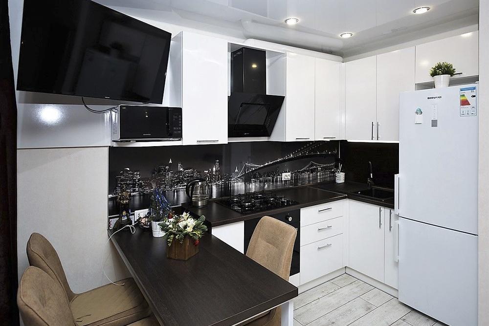 белая кухня с черной фурнитурой, 5, Черно-белая кухня Черно-белая кухня