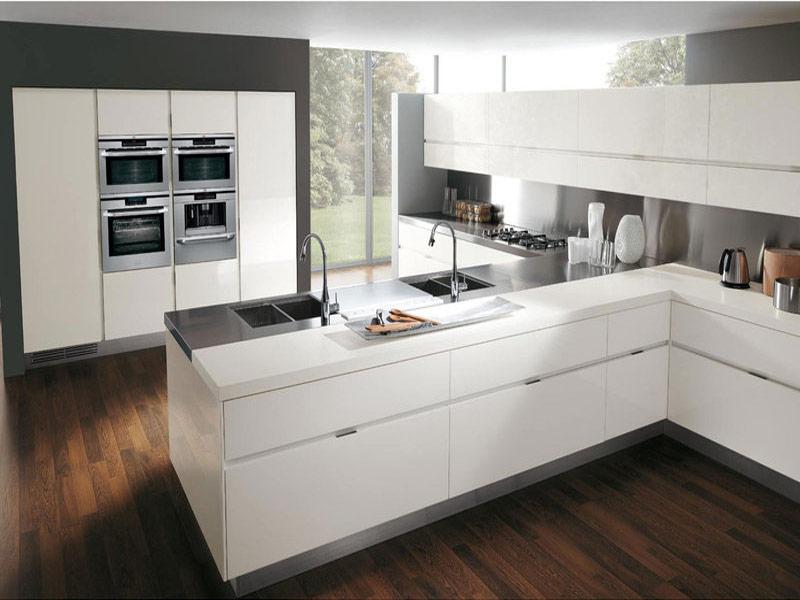 белая глянцевая кухня модерн