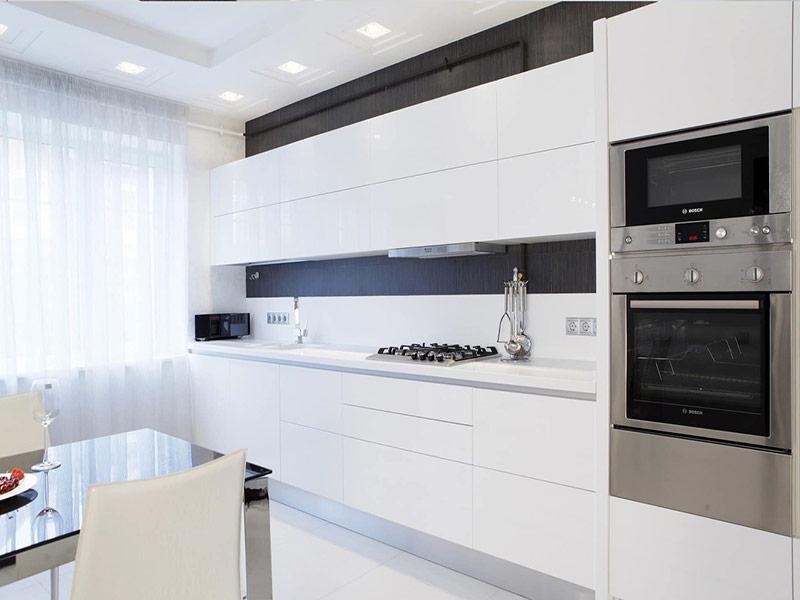 белый кухонный гарнитур минимализм