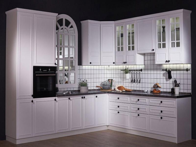 фото матовая кухня классика