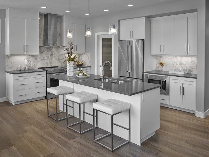 интерьер кухни серо белого цвета