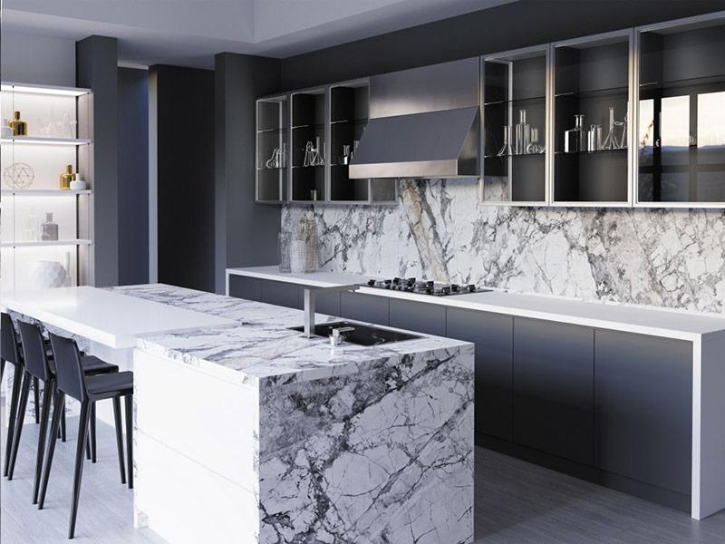 кухня белая с мраморным фартуком Вишневое
