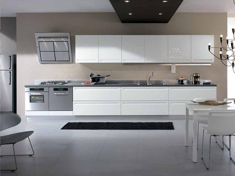 кухня белого цвета модерн