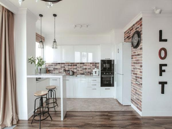Кухня лофт белая