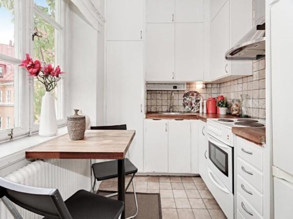 Кухня скандинавский стиль в интерьере белая