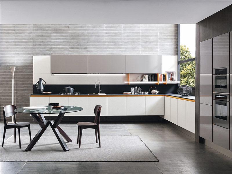 кухня в белых тонах модерн