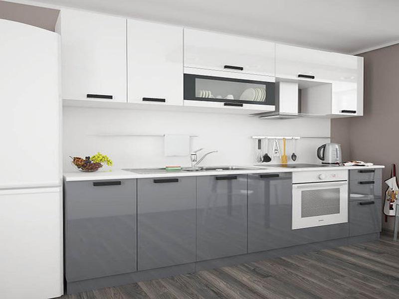 серо-белая кухня в интерьере